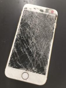 大阪府泉佐野 iPhone6 ガラス割れ N.T様